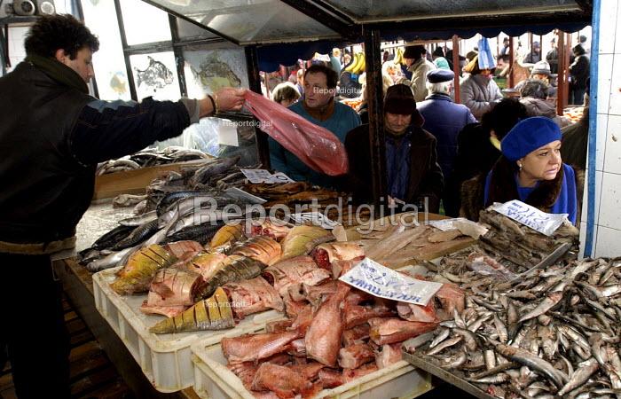 Fish Market in central Belgrade. Belgrade, Serbia 2002 - Andrija Ilic - 2002-01-05