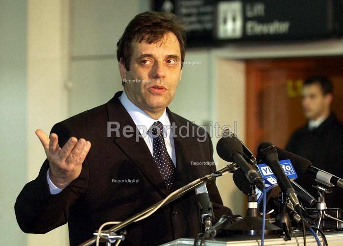 Vojislav Kostunica, the Serb Prime Minister during a press conference. Belgrade, Serbia 2001 - Andrija Ilic - 2001-12-18