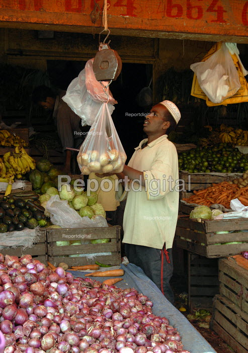 A well-stocked food shop in Ethiopia. - Howard Davies - 2006-11-08