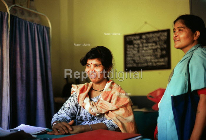 NGO health and HIV education project supported by DFID for sex workers in Indias largest brothel area. Calcutta, India. 1997 - Howard Davies - 1997-05-03
