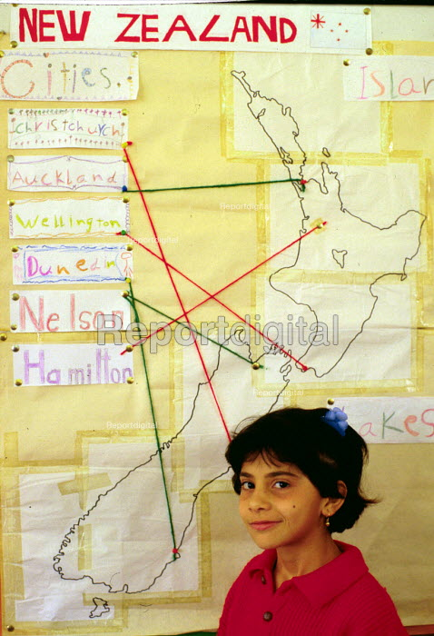 Assyrian Christian refugee child from Iraq learning English at a school within a refugee reception centre, in Auckland. - Howard Davies - 1990-05-03