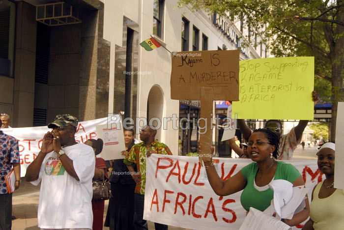 Rwandan and Congolese protest against a visit from Paul Kagame (the President of Rwanda) to the USA. They accuse Kagame of supporting human rights abuses, in the Democratic Republic of Congo. - Howard Davies - 2006-05-31