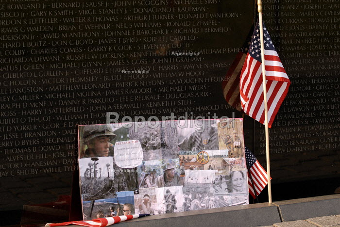 The Vietnam Veterans War Memorial, dedicated to the 58,253 US service men and women who died in the Vietnam War. - Howard Davies - 2006-05-31