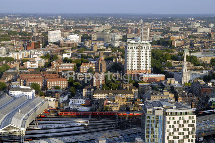 View over south London showing various types of residential housing. UK 2007 - Howard Davies - 2007-08-09