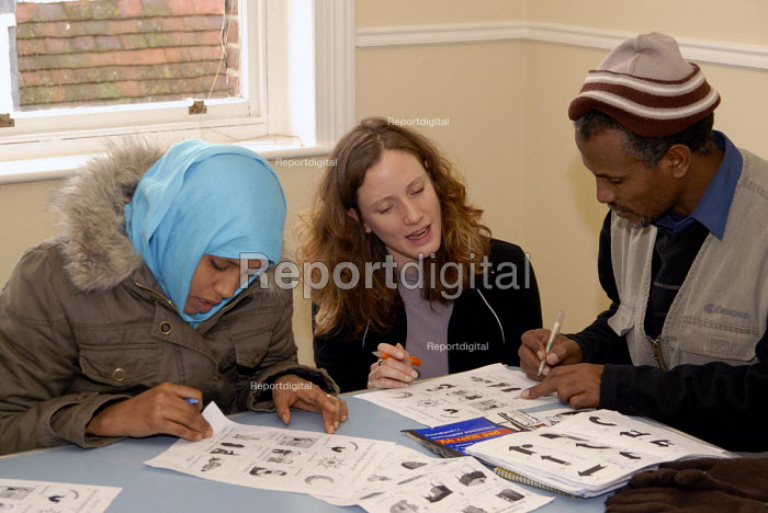 Report digital photojournalism - English classes in Brighton for