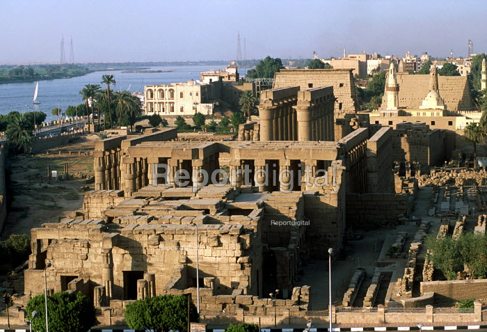 View of the Luxor Temple alongside the River Nile. - Howard Davies - 2005-10-14