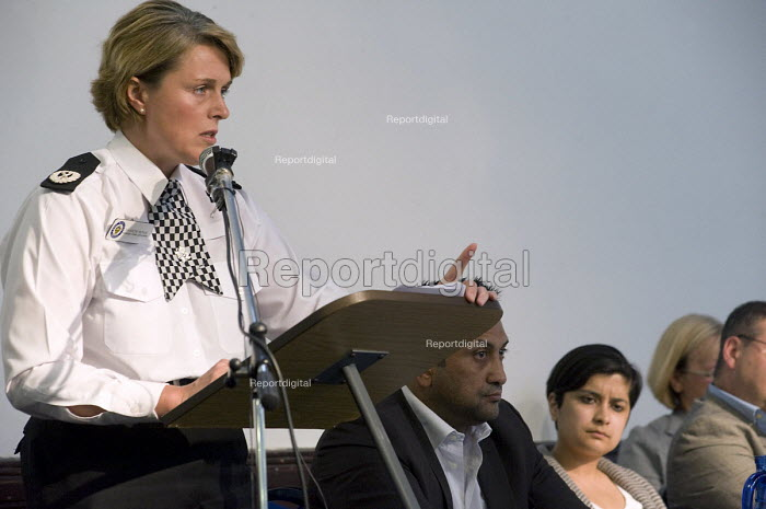 Sharon Rowe,Assistant Chief Constable, West Midlands Police,speaking at a public meeting against Birmingham Anti Muslim CCTV and ANPR Cameras - Timm Sonnenschein - 2010-07-04