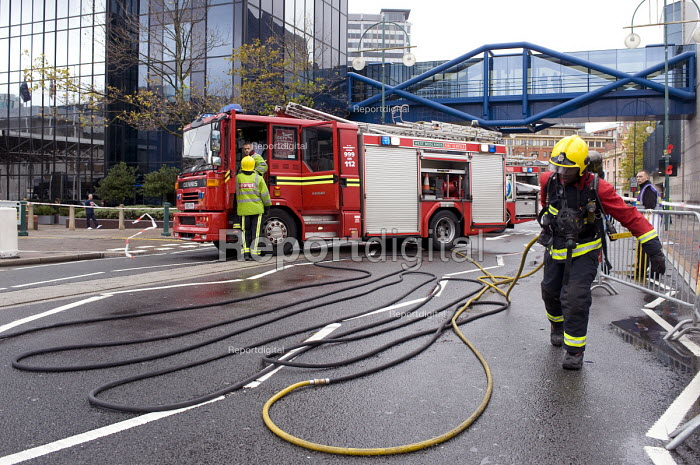 Firefighters during Birmingham Shield exercise simulating chemical, biological, radiological or nuclear (CBRN) incident - Timm Sonnenschein - 2011-10-30