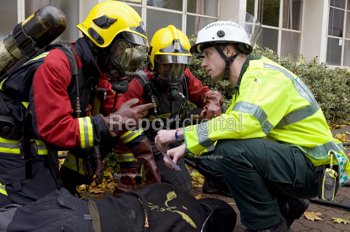 Emergency services workers and a volunteer during Birmingham Shield exercise simulating chemical, biological, radiological or nuclear (CBRN) incident - Timm Sonnenschein - 2011-10-30