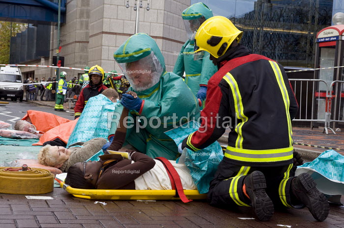 Emergency services workers and volunteers, Birmingham Shield exercise simulating a chemical, biological, radiological or nuclear (CBRN) incident - Timm Sonnenschein - 2011-10-30