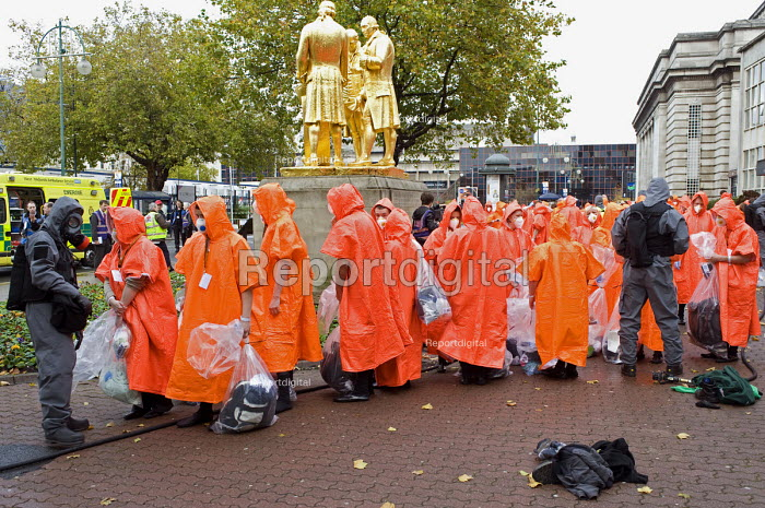 West Midlands Police officers and volunteers, Birmingham Shield exercise simulating a chemical, biological, radiological or nuclear (CBRN) incident - Timm Sonnenschein - 2011-10-30