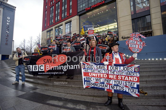 John Bull joins the pickets. BECTU members at BBC Birmingham on strike against job losses and for the future of BBC Birmingham - Timm Sonnenschein - 2012-01-18