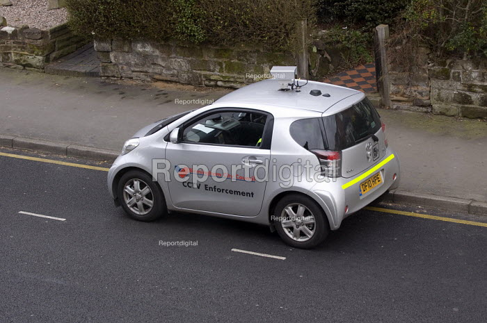 Birmingham City Council mobile CCTV Enforcement car monitoring traffic on a road in Kings Heath - Timm Sonnenschein - 2012-03-09