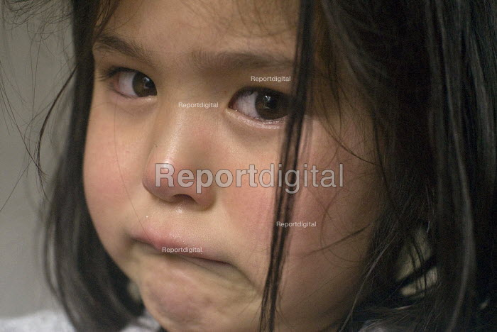 A distressed and tearful four year old girl at home. - Timm Sonnenschein - 2012-06-11