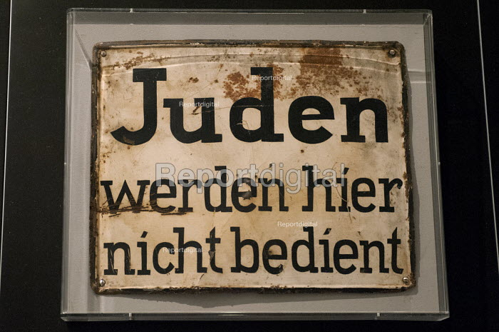 Juden werden hier nicht bedient, Jews are not served here, historic sign from Nazi Germany, Jewish Museum, Berlin, Germany - Timm Sonnenschein - 2012-08-29