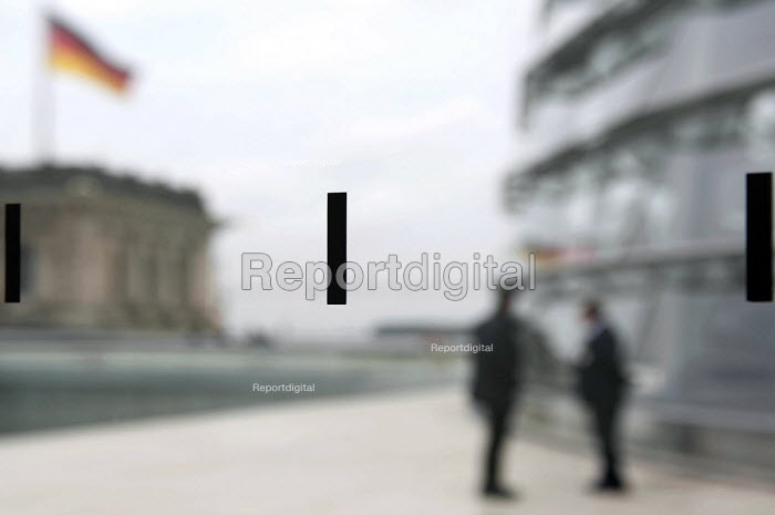 Black markings in the glass of the Reichstag observation deck - intended to prevent visitors walking into the glass and bird strikes- above the Bundestag Plenarsaal, Berlin, Germany. - Timm Sonnenschein - 2012-08-31