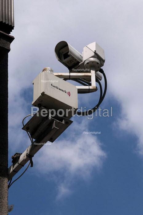 CCTV camera, Prague - Timm Sonnenschein - 2012-06-07