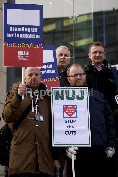 NUJ members on strike against compulsory redundancies, picketing outside the BBC, Birmingham Mailbox - Timm Sonnenschein - 2013-02-18