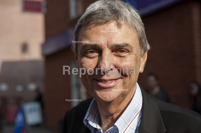 Dave Prentis Gen Sec Unison. TUC march against austerity cuts and the Trade Union Bill, Conservative Party Conference, Manchester. - Timm Sonnenschein - 2015-10-04