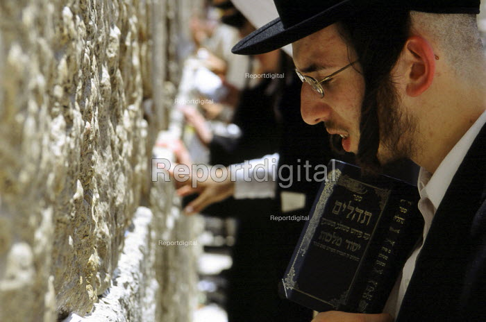 Orthodox Jews praying at the western wall - also known as the wailing wall - in the Old City. Jerusalem, Israel, 2005 - Steven Langdon - 2005-10-28