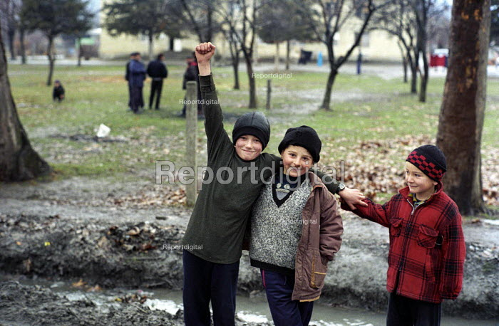 Chechen refugee children living in a camp formerly a Soviet military camp in Georgia. The refugees from Grozny and nearby villages had walked to Georgia. Duisi, Pankisi Gorge, Georgia 2003 - Thomas Morley - 2003-02-05