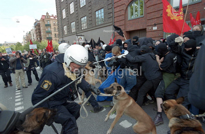 Protest against European Union summit meeting, Gothenburg Sweden. Police set dogs on protesters - Paul Mattsson - 2001-06-15