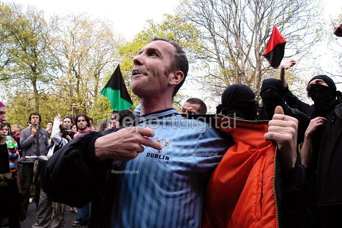 May day protest against European Union enlargment summit. Dublin, Irish Republic. - Paul Mattsson - 2004-05-01