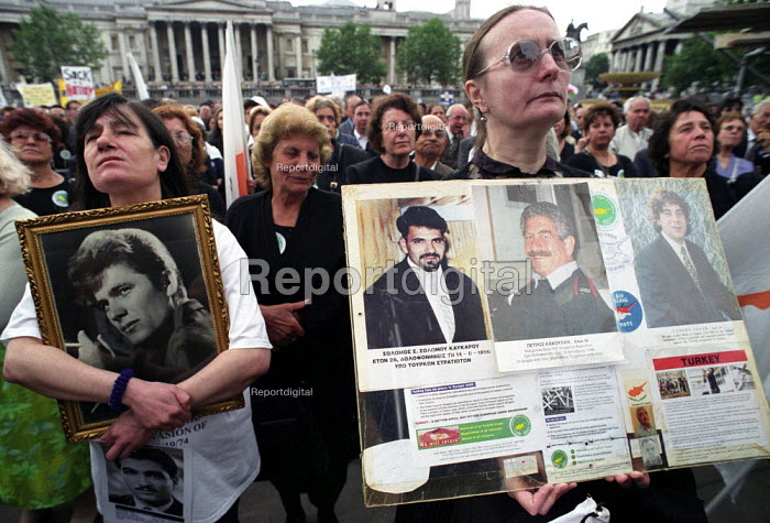 Greek Cypriots rally in Trafalgar Square on the anniversary of the Turkish invasion of their island which started on 20 July 1974 - Paul Mattsson - 2002-07-21