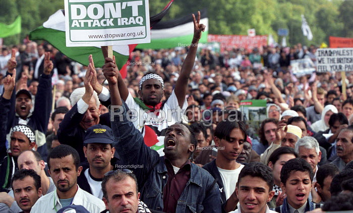 Stop the war on Iraq and freedom for Palestine demonstration organised by the Stop the War Coalition and the Muslim Association of Britain - Paul Mattsson - 2002-09-28
