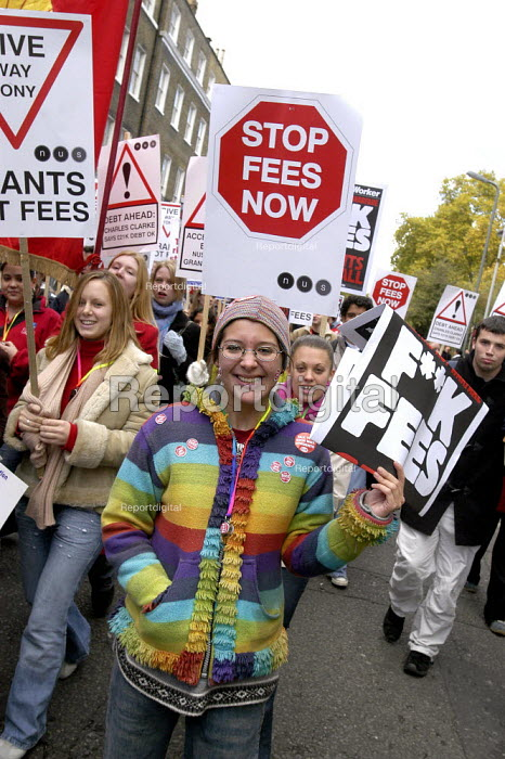 NUS students demonstration against top up fees, London. - Paul Mattsson - 2003-10-26