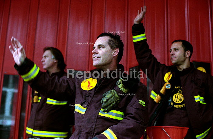 FBU Firefighters National Pay Strike. Picket of Soho Fire Station, Central London. - Paul Mattsson - 2002-11-22