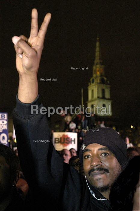Stop The War Coalition demonstration against the visit of US President George W Bush to the UK. Rally in Trafalgar Square London - Paul Mattsson - 2003-11-20