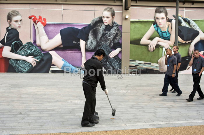 Cleaners at Westfield Stratford City, the largest urban shopping centre in Europe. - Philip Wolmuth - 2011-09-15