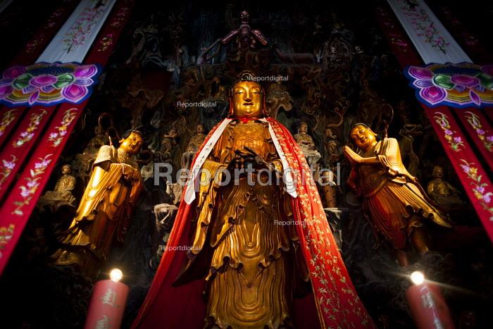 The Jade Buddha Temple, Shanghai, China - Connor Matheson - 2015-09-07