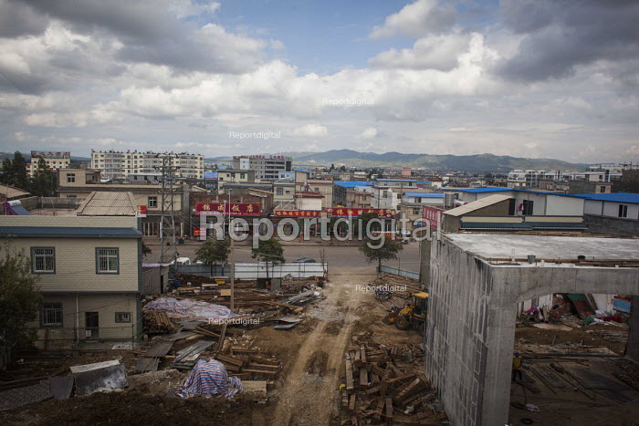 Building site, Kunming, Yunnan Province, China - Connor Matheson - 2015-09-16