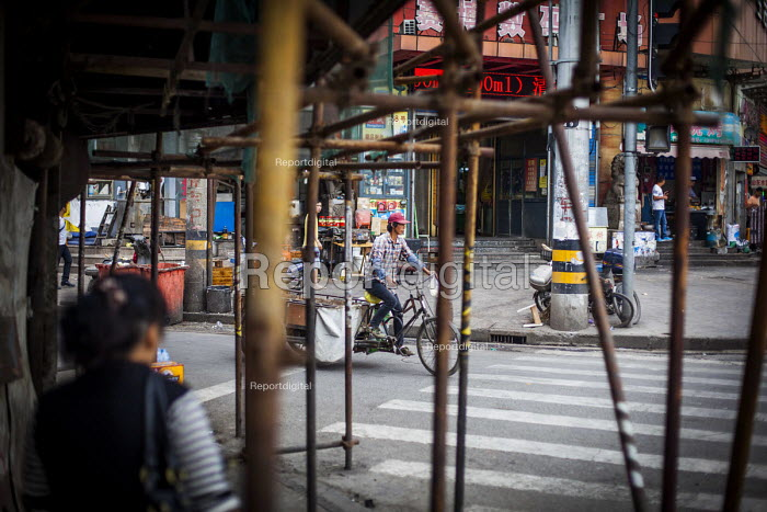 Streets of Shanghai, China. - Connor Matheson - 2015-10-04