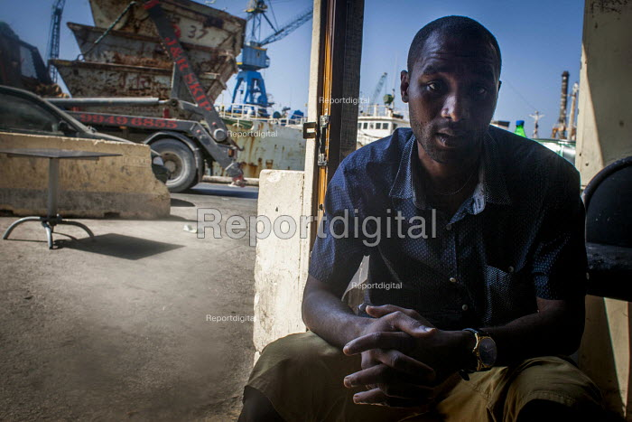 A refugee who is trying to find work, Marsa Open Centre, Malta - Connor Matheson - 2015-07-14