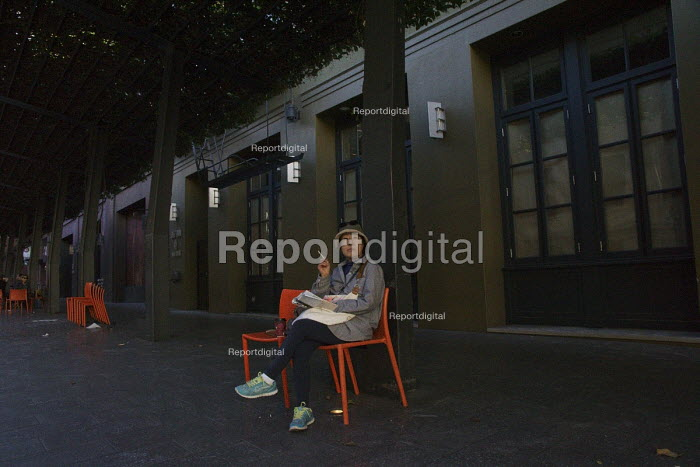 Homeless on the Street, Berkeley, California - David Bacon - 2015-11-06