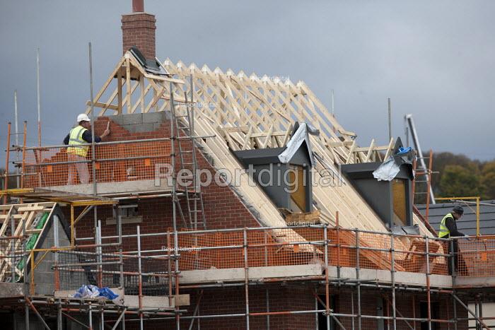 New housing being built, Lawley Village, Telford - John Harris - 2015-10-10