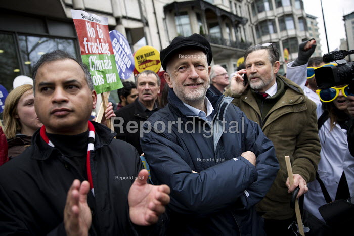Jeremy Corbyn MP and Barry Gardiner MP The People's March for Climate, Justice and Jobs, London - Jess Hurd - 2015-11-29