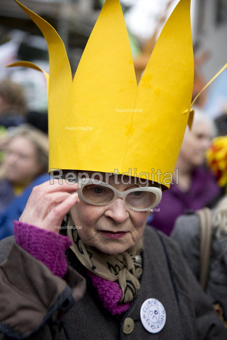 Vivienne Westwood, The People's March for Climate, Justice and Jobs. London. - Jess Hurd - 2015-11-29