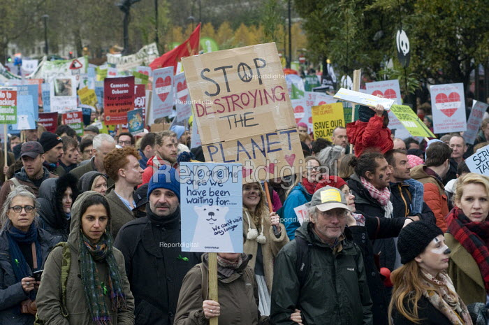 The Peoples March for Climate, Justice and Jobs. London - Stefano Cagnoni - 2015-11-29