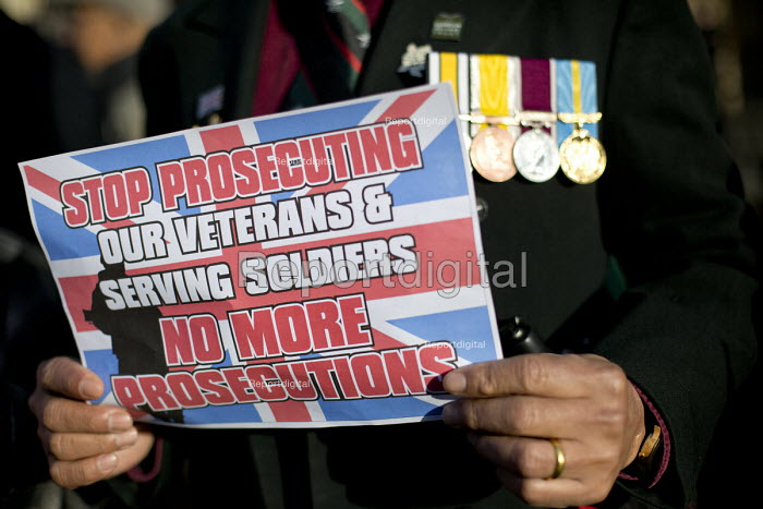 Protest against the prosecution of veterans for war crimes. Uk Veterans One Voice. Westminster, London. - Jess Hurd - 2016-01-05