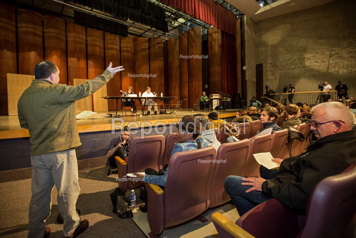 River Rouge, Michigan, Residents speaking at a State Department of Environmental Quality public hearing on proposed increase in sulphur dioxide at the Marathon Petroleum Detroit refinery. Marathon says it needs the change to be able to produce low sulphur petrol. - Jim West - 2016-01-06