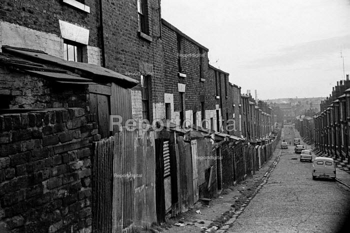 Liverpool housing, 1966 - NLA - 1966-08-05