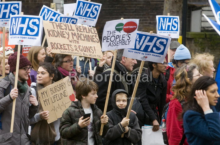 Save NHS Bursary March, London. Protest by NHS staff and supporters against Government proposals to remove bursaries from sudents studying to become nurses and midwives, which will leave them with debts of 50k plus - Stefano Cagnoni - 2016-01-09