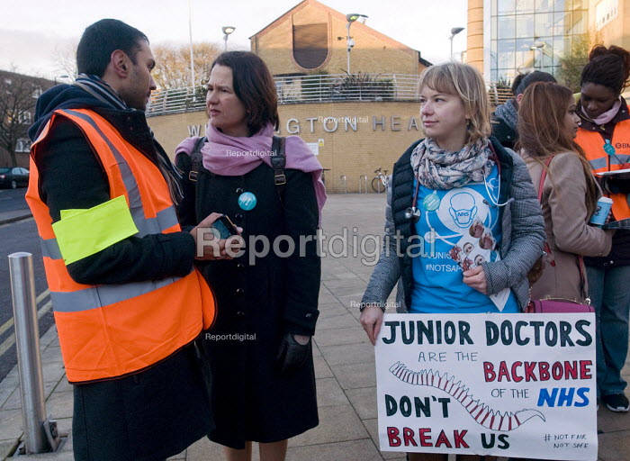 Junior Doctors national 1 day strike over employment contracts. Catherine West, Labour MP for Hornsey and Wood Green, talking to, and supporting, Junior Doctors on the picket line at the Whittington Hospital, north London - Stefano Cagnoni - 2016-01-12