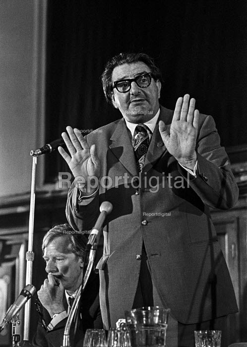 Labour MP Eric Heffer speaking at a Labour Party Special conference on EEC membership (later European Union) With him on the platform Peter Shore MP - Martin Mayer - 1975-04-25