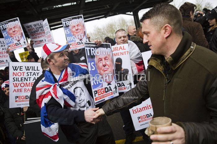 Tommy Robinson leading Pegida protest near Birmingham International, West Midlands. - Jess Hurd - 2016-02-06