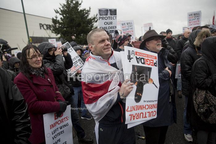 Pegida protest near Birmingham International, West Midlands. - Jess Hurd - 2016-02-06